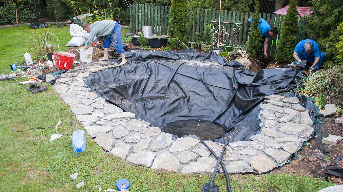 The most popular types of pond liner